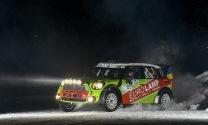 Ar sniega pilnu trasi un aizraujošiem notikumiem aizvadīta Rally Alūksne pirmā diena.