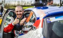 Šons Džonstons: no braukšanas simulatorā līdz karjerai autosportā